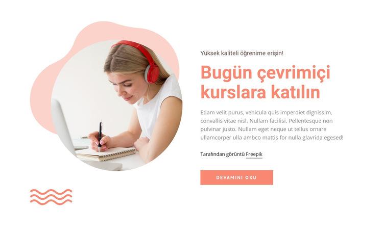 Çevrimiçi kurslara katılın Web Sitesi Şablonu